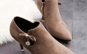 淘宝集运转运到荷兰高跟靴子 尖头 绒面 性感 百搭 秋季 韩版 新款