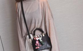 淘宝集运转运到马来西亚斜挎包 斜挎手提包 单肩 简约 明星同款 时尚 百搭 休闲 韩版