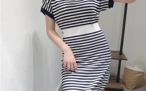 淘宝集运转运到韩国欧美高端女装19夏新款海军条纹小香风高腰修身短袖针织薄款连衣裙