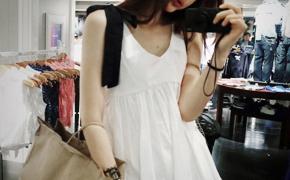 淘宝集运转运到日本白色无袖蓬蓬衬衣夏季收腰显瘦韩版上衣遮肚子宽松高腰绑带娃娃衫