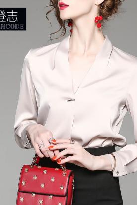 韩国国内快递到2019秋装v领宽松纯色长袖雪纺衬衫百搭气质上衣女士通勤OL办公室时效
