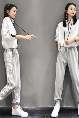 新加坡国内快递到欧洲站运动休闲套装女式春秋新款时尚简约字母上衣休闲长裤两件套时效