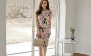 淘宝集运转运到日本女式夏装新款韩版气质圆领修身无袖时尚印花包臀中长款连衣裙女潮