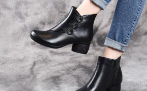 淘宝集运转运到西班牙2019秋冬新款真皮女靴压花复古民族风中跟短靴圆头粗跟女式皮踝靴