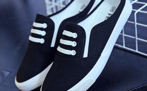 淘宝集运转运到澳大利亚2020春季新款半托家居休闲包头布鞋黑色懒人鞋女式踩后跟纯色鞋子