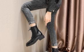 淘宝集运转运到韩国2019新款粗跟马丁靴女英伦风秋冬加绒百搭中跟短靴网红系带机车靴