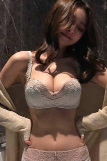 邮多多淘宝集运转运蜜桃盒子女士内衣无钢圈聚拢文胸收副乳上托蕾丝胸罩性感小胸显大