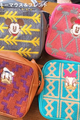 澳大利亚国内快递到包邮 日本 可爱卡通唐老鸭 黛丝 米奇米妮刺绣方形女士斜挎包袋时效