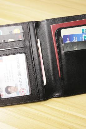韩国国内快递到多功能羊皮编织护照包男女士护照夹证件袋机票夹真皮卡包超薄潮时效