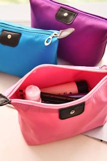 邮多多淘宝集运转运韩国简约随身收纳包便携小号多功能大容量旅行口红化妆包洗漱袋女