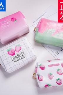 邮多多淘宝集运转运草莓ins风网红超火化妆品包袋女口红小号便携收纳洗漱包可爱旅行