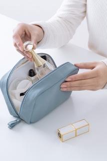 邮多多淘宝集运转运韩国便携化妆包大容量简约防水洗漱包旅行收纳袋随身小号手拿方包