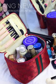 邮多多淘宝集运转运大容量化妆包网红女便携箱收纳包简约可爱日系韩国ins风超火旅行