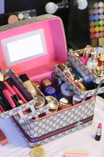 邮多多淘宝集运转运化妆师多功能化妆包超大容量洗漱品收纳盒简约手提便携化妆箱多层