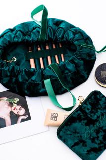 邮多多淘宝集运转运网红化妆品收纳包袋组合大容量便携女学生化妆手提绒布束口收纳袋