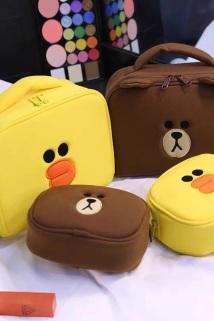 邮多多淘宝集运转运韩国line化妆包便携大容量多功能少女心网红款布朗熊化妆品收纳袋