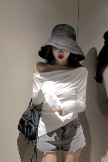 邮多多淘宝集运转运韩版chic小心机修身斜肩露肩上衣女春夏装 薄款显瘦长袖T恤打底衫