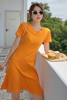 邮多多淘宝集运转运夏季新款纯棉露背连衣裙T恤女圆领短袖纯色休闲百搭体恤上衣女装