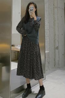 邮多多淘宝集运转运韩国气质复古碎花连衣裙针织马甲背心女秋冬两件套收腰打底套装裙