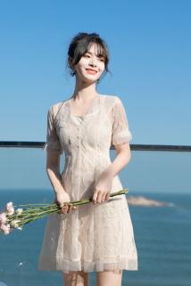邮多多淘宝集运转运2021年夏天新款裙子短款连衣裙女夏法式小个子蕾丝女裙吊带裙套装