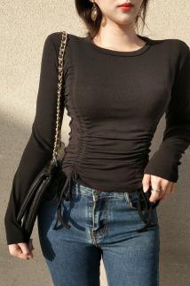 邮多多淘宝集运转运春款女装2021年新款潮修身显瘦黑色打底衫T恤抽绳长袖短款上衣女