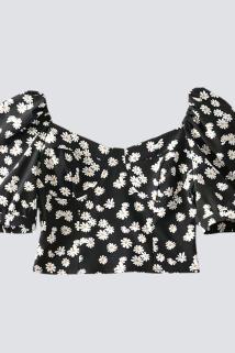 邮多多淘宝集运转运小雏菊系列单品显瘦显高复古法式方领短款少女感露脐雪纺衫上衣女