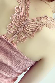 邮多多淘宝集运转运新款韩版后背蝴蝶蕾丝镂空拼接针织吊带背心女短款外穿打底衫上衣