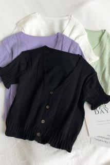 邮多多淘宝集运转运2020夏季新款复古港味V领短袖镂空薄款t恤短款针织衫开衫上衣女