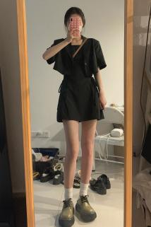 邮多多淘宝集运转运法式设计感腰间绑带吊带连衣裙女夏新款小个子辣妹短裙小西装套装