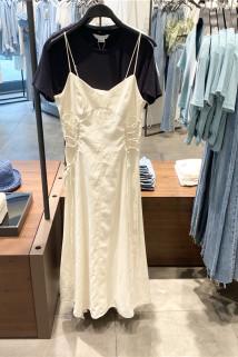 邮多多淘宝集运转运YY&UR女装2021秋季新品法式甜美绑带长款吊带连衣裙 WL32S7AN2000